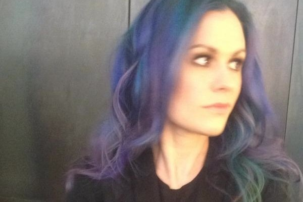 anna-paquin-purple-hair1