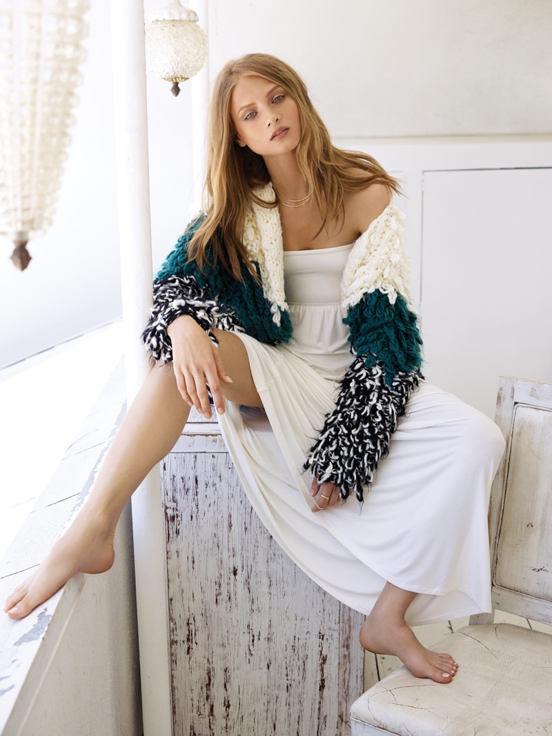 anna selzneva 2014 revolve clothing14 Anna Selezneva is Bohemian Glam for REVOLVE Clothings Tularosa Shoot
