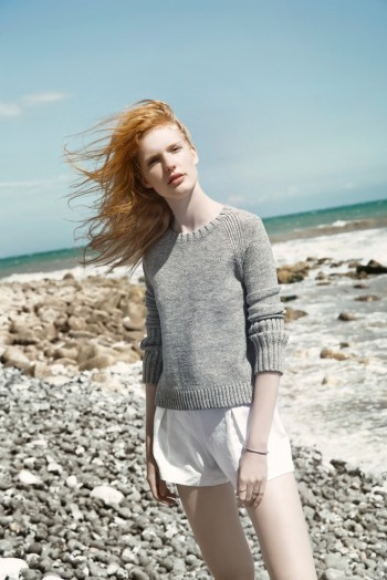 By the Sea: Anniek Kortleve at the Beach for L'Officiel Mexico by Sevda Albers