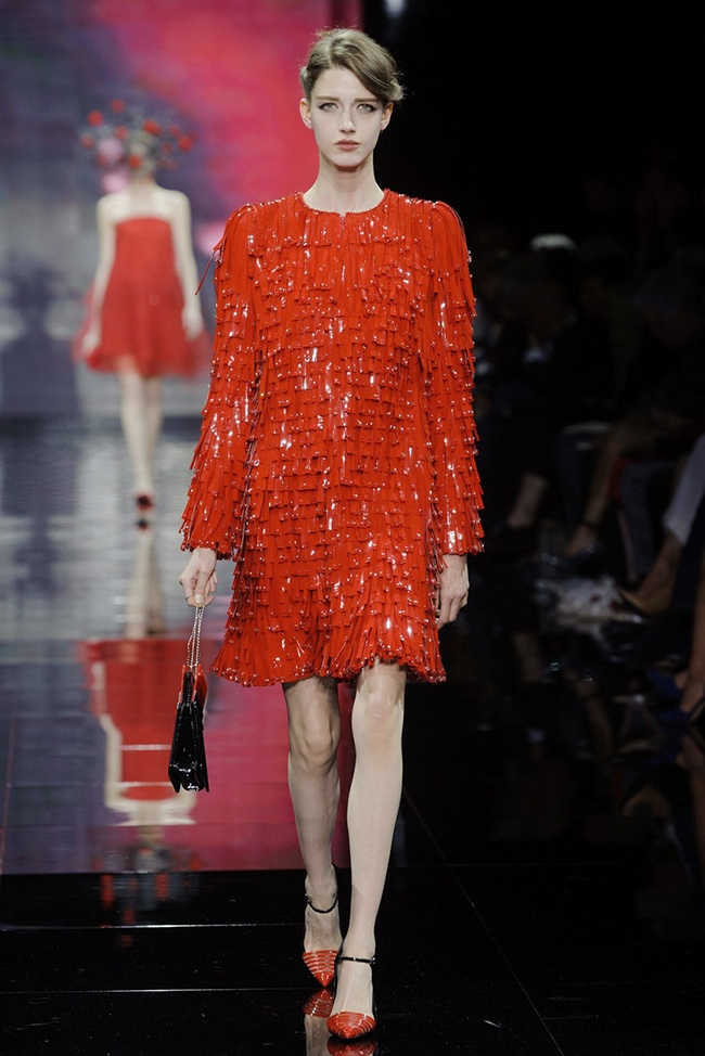 armani prive 2014 fall haute couture show50 Armani Privé Makes It All About Red, White and Black for Fall Couture