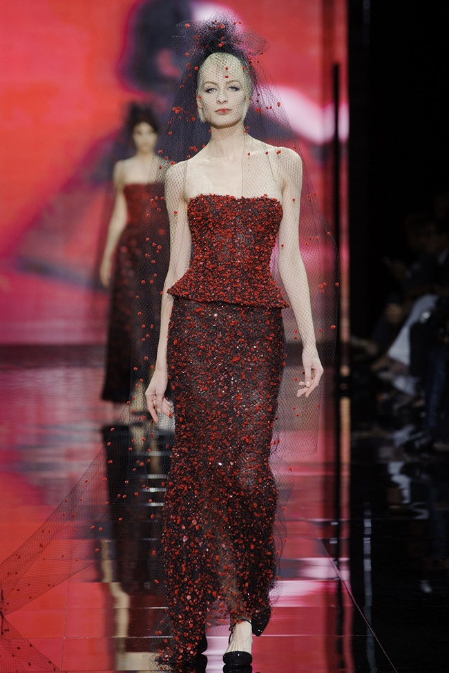 armani prive 2014 fall haute couture show60 15 Most Beautiful Couture Gowns of Fall 2014