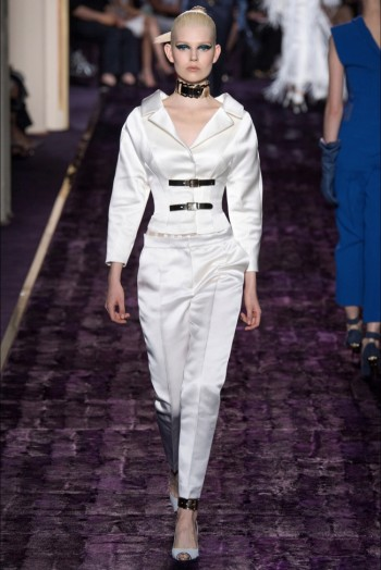 atelier-versace-2014-fall-haute-couture-show10