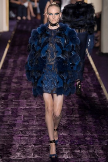 atelier-versace-2014-fall-haute-couture-show12