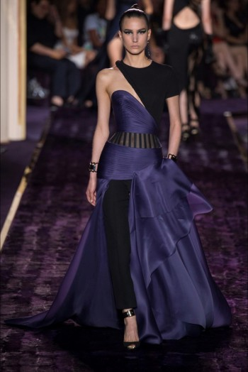 atelier-versace-2014-fall-haute-couture-show16