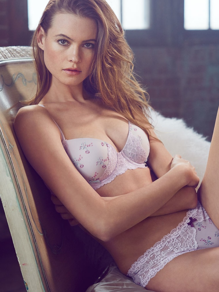 behati prinsloo lingerie shoot9 Just Lounging: Behati Prinsloos Sexy New Victorias Secret Images