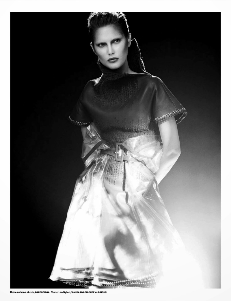 cat numero003 800x1042 Catherine McNeil Wears Futuristic Style for Numéro by Benjamin Lennox