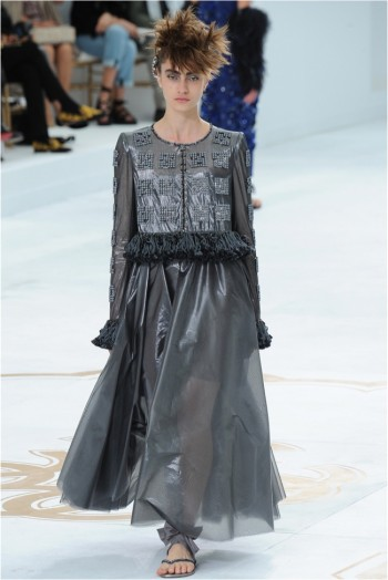 chanel-haute-couture-2014-fall-show30