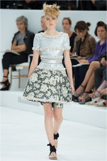 chanel-haute-couture-2014-fall-show40