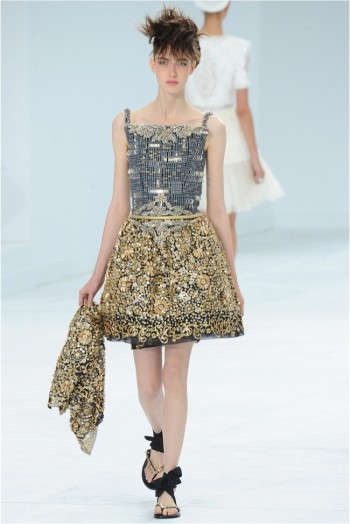 chanel-haute-couture-2014-fall-show42