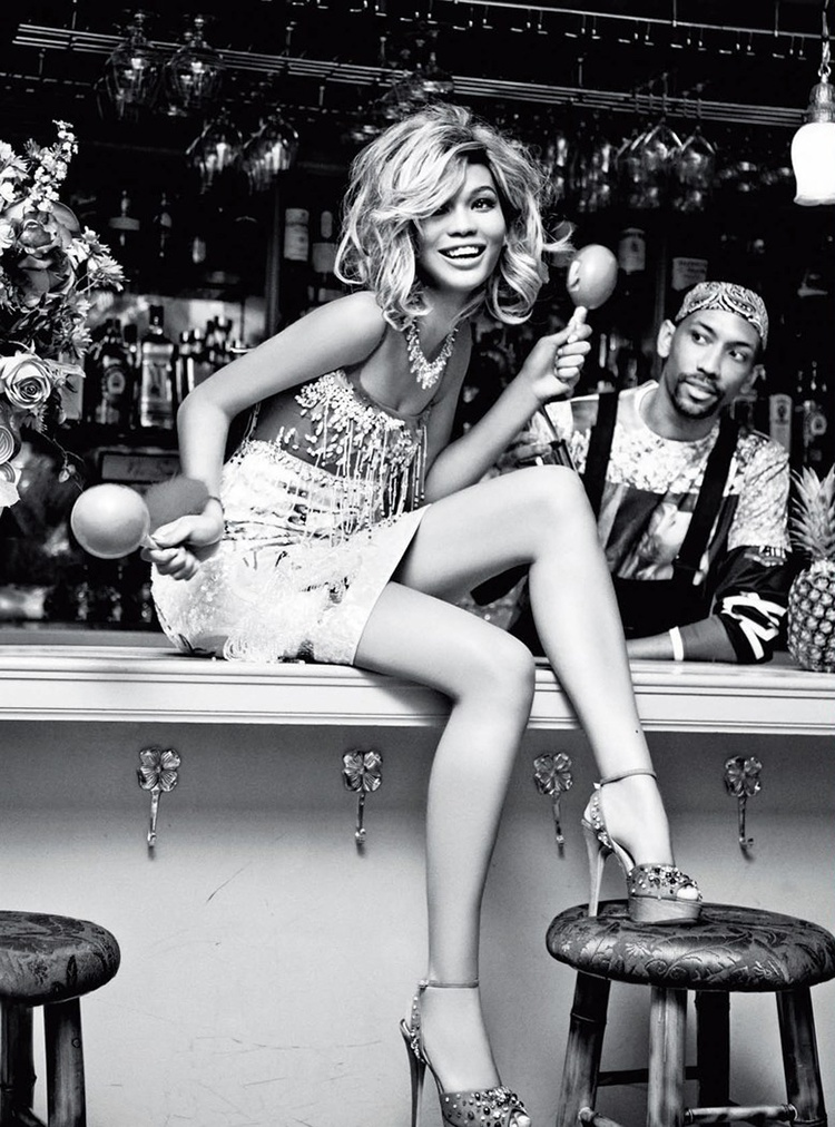chanel iman blonde photos6 Chanel Iman Goes Blonde for Ellen Von Unwerth in Glamour Italia Shoot