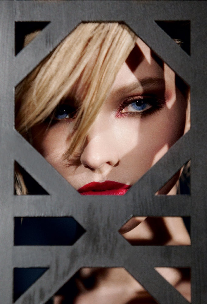 dior cosmetics fall 2014 makeup2 Sasha Luss is Red Hot for Dior Cosmetics' Fall 2014 Campaign