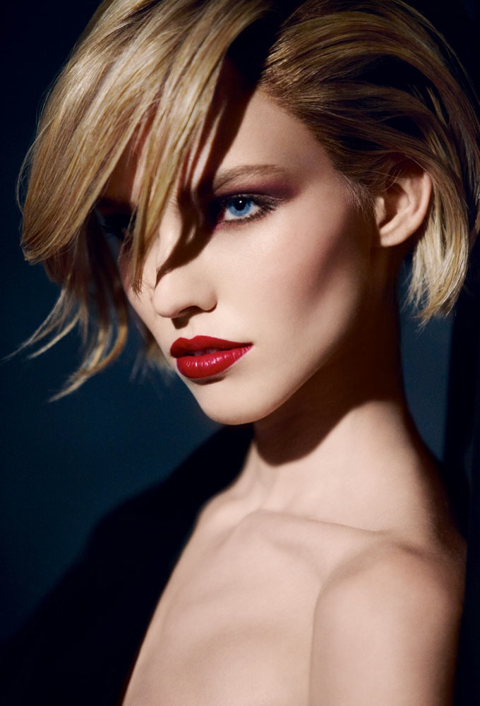dior cosmetics fall 2014 makeup5 Sasha Luss is Red Hot for Dior Cosmetics' Fall 2014 Campaign