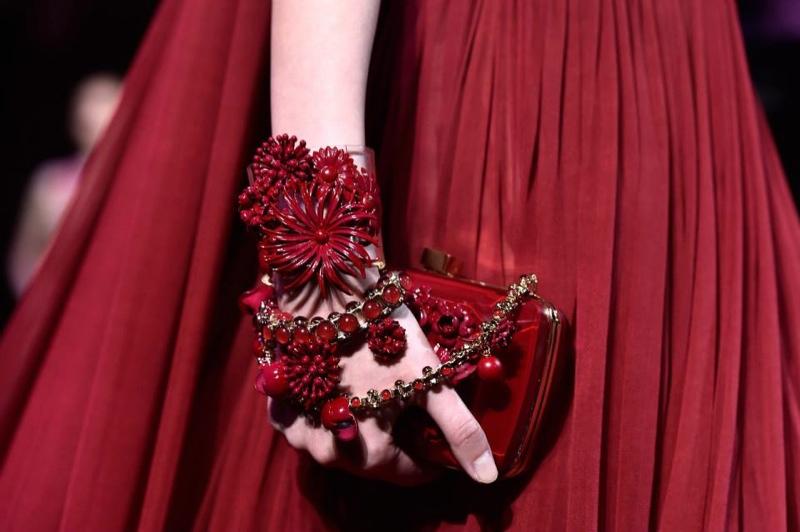 elie-saab-jewelry-backstage-2014-3
