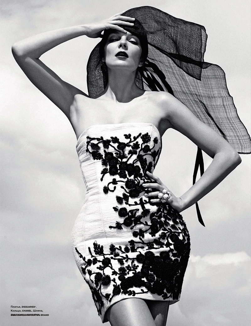 eniko mihalik black white3 Eniko Mihalik is a Timeless Beauty for Numero Russia Shoot by Van Mossevelde + N