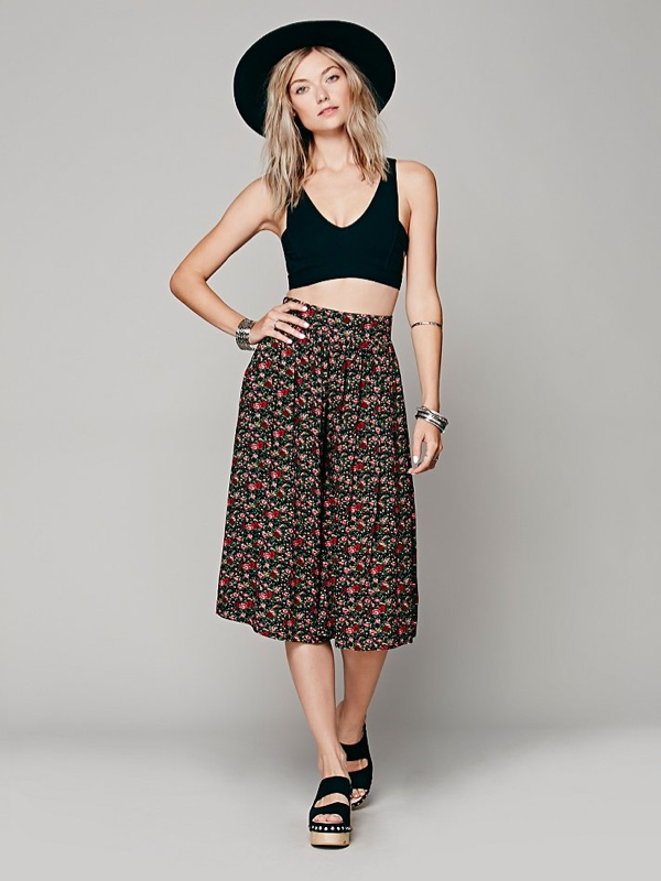 floral print culottes Culottes: The 70s Fashion Trend Makes a Comeback