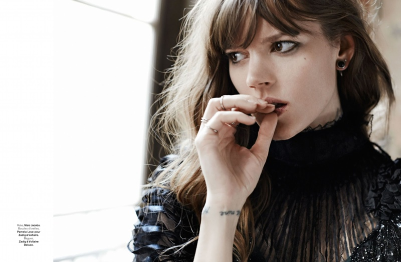 freja beha erichsen model9 Freja Beha Erichsen Plays a Photographer for Glamour France Shoot by Fred Meylan