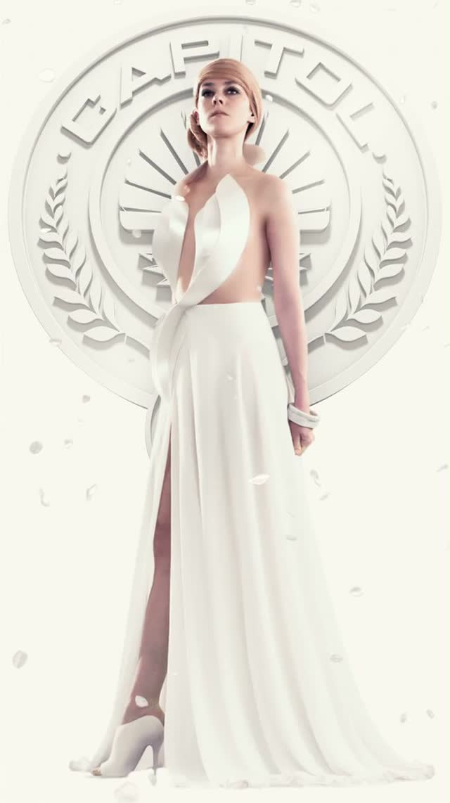 johanna mason hunger hames living portrait The Hunger Games Launches Capitol Couture with Johanna Mason Living Portrait