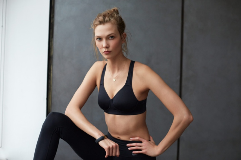 karlie kloss nike workout photos10 Karlie Kloss Works Out in Nikes Fall Collection for New Shoot