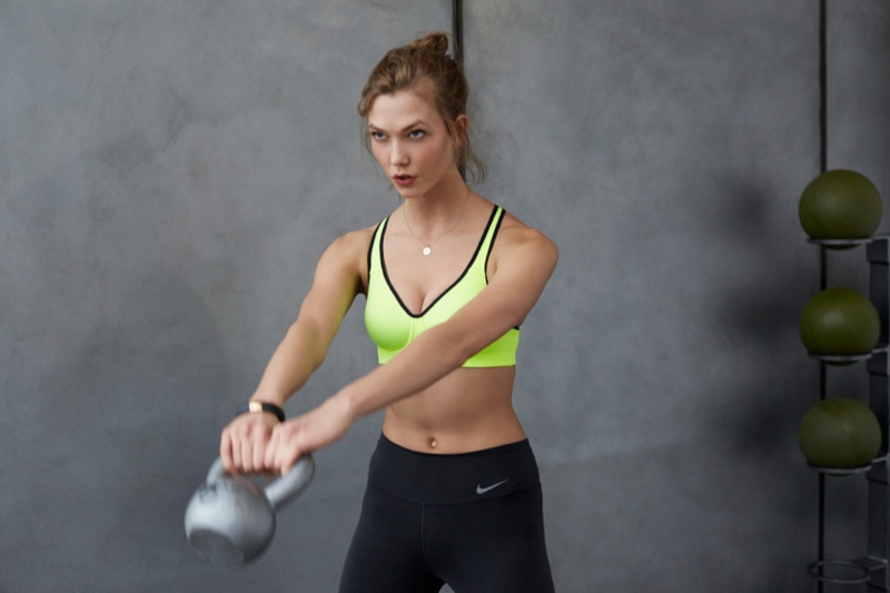 karlie kloss nike workout photos6 Karlie Kloss Works Out in Nikes Fall Collection for New Shoot