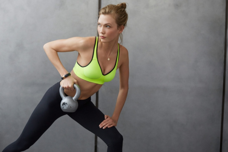 karlie kloss nike workout photos7 Karlie Kloss Works Out in Nikes Fall Collection for New Shoot