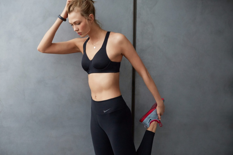 karlie kloss nike workout photos9 Karlie Kloss Works Out in Nikes Fall Collection for New Shoot