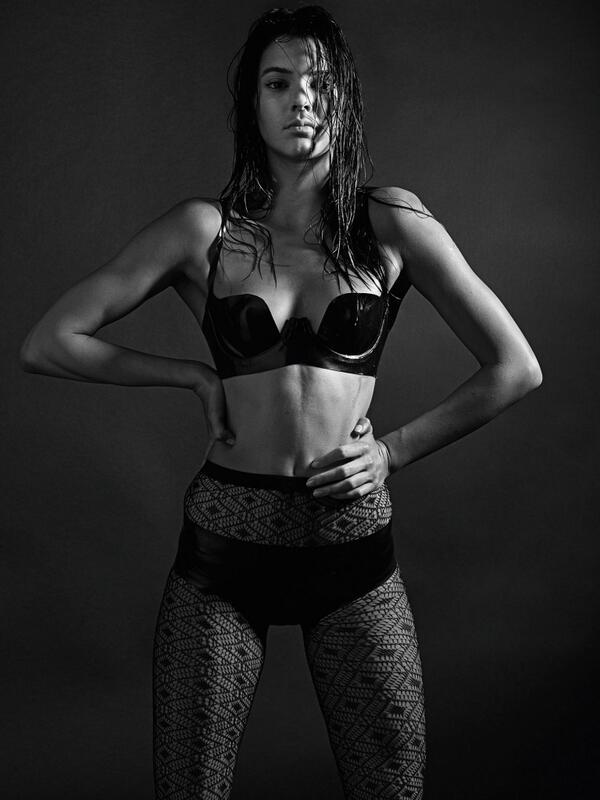 kendall-jenner-love-magazine-lingerie
