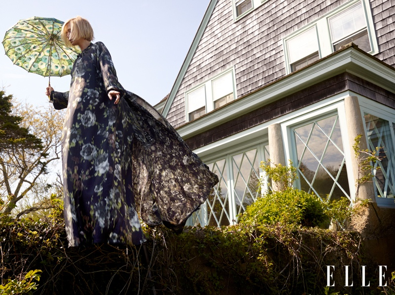 kristen wiig elle 2014 3 Kristen Wiig Stars in ELLE, Talks Doing Dramatic Roles