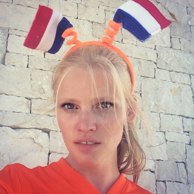 lara holland Instagram Photos of the Week | Lara Stone, Mariacarla Boscono + More Models
