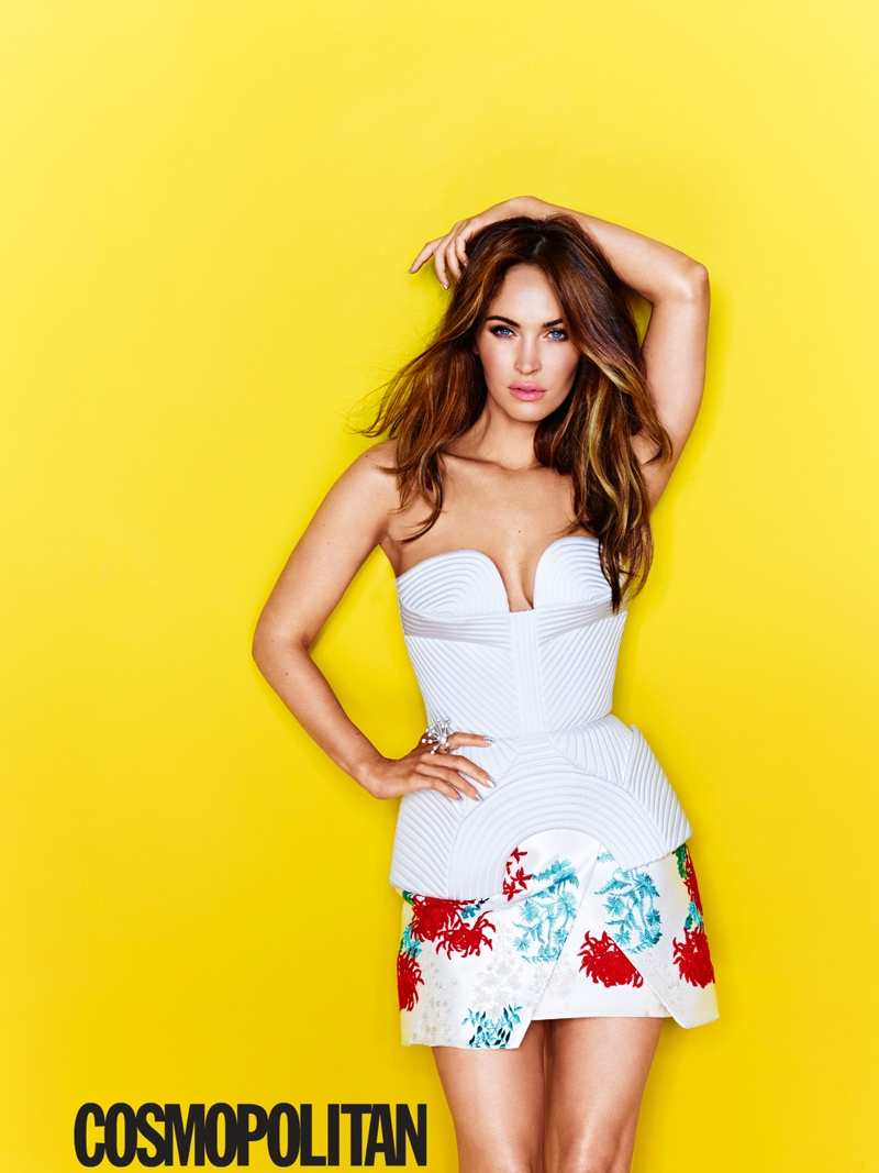 megan fox cosmopolitan 2014 1 Megan Fox is Ready for Summer on Cosmopolitan August 2014 Cover