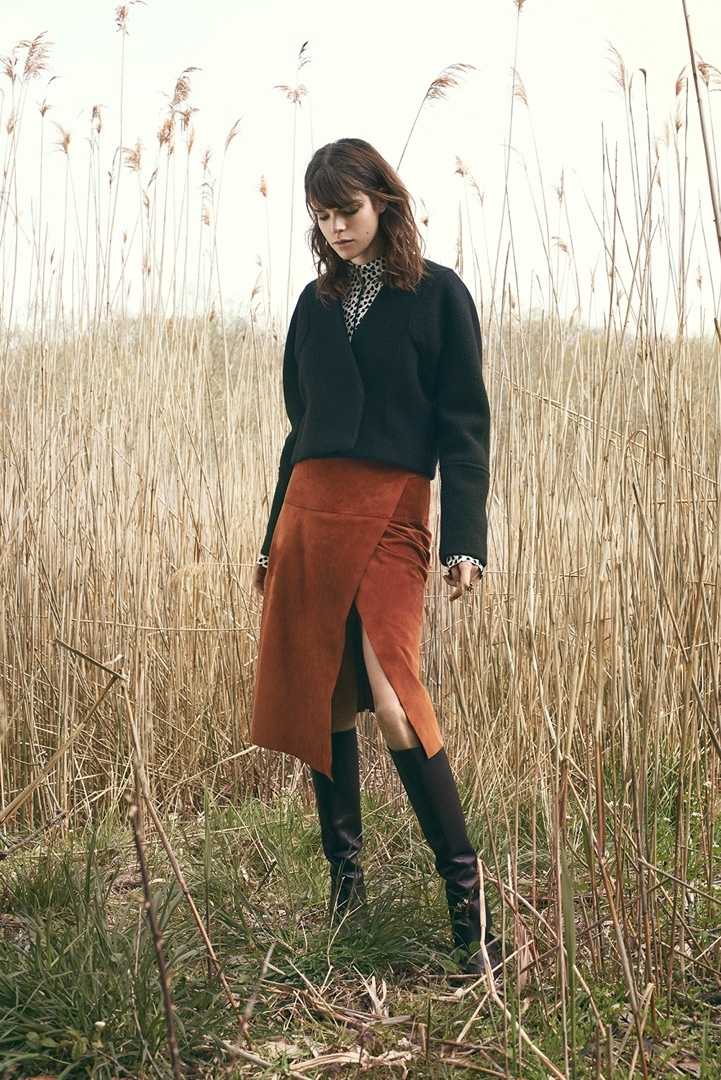 Meghan Collison is Ready for Fall in Bazaar Latin America by Hans Neumann