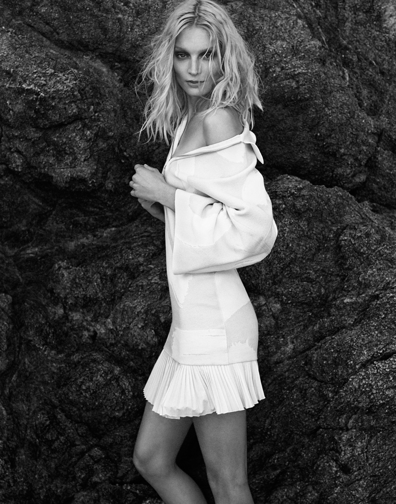 melissa tammerijn xavi gordo photos3 Melissa Tammerijn is a Beach Beauty for Xavi Gordo in Elle Russia
