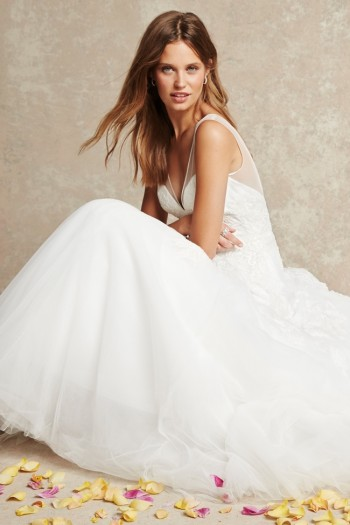 monique-lhuillier-bliss-wedding-dresses-2015-11