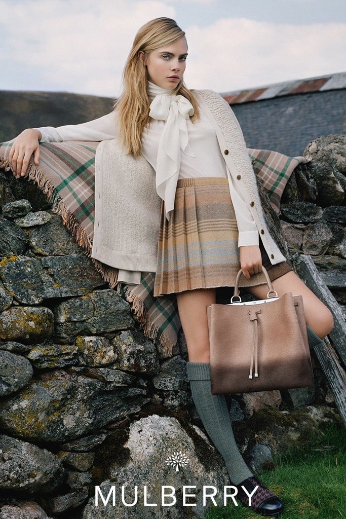 mulberry ad photos fall 2014 4 More Images from Cara Delevingnes Mulberry Ads Surface