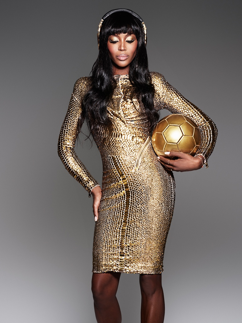 naomi cambell beats dre world cup gold1 Naomi Campbell Shines in Beats by Dres Golden Shoot for the World Cup