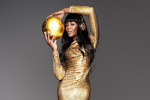naomi-cambell-beats-dre-world-cup-gold4