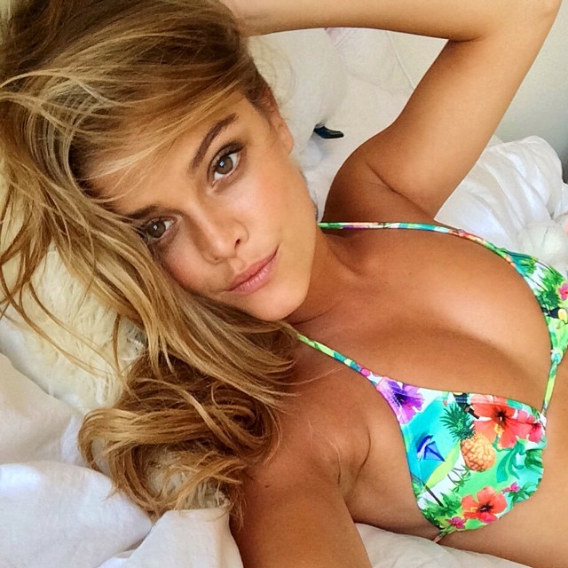 Nina Agdal shows how to take a bikini selfie