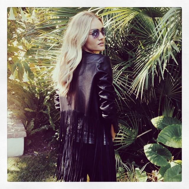Rosie Huntington-Whiteley rocks a fringed look in Instagram image.