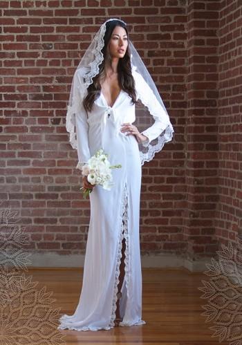 stone-cold-fox-wedding-dresses1