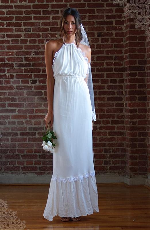 Fox Wedding Dresses 5 Elegant stone cold fox wedding