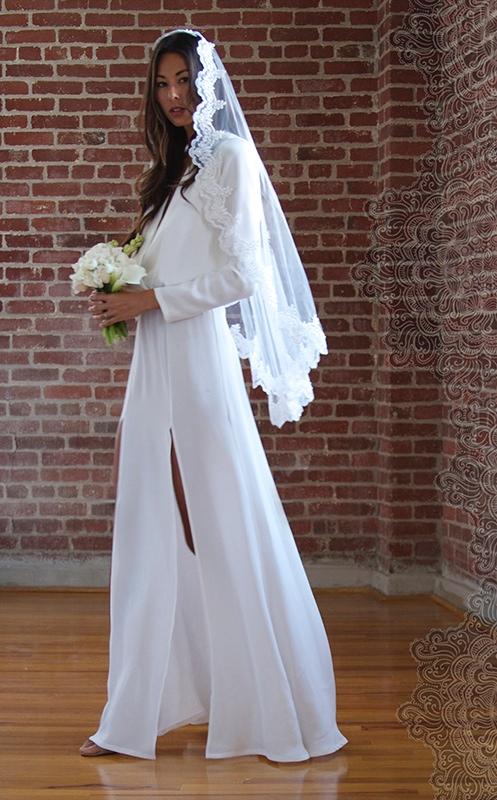 Fox Wedding Dresses 4 Stunning stone cold fox wedding