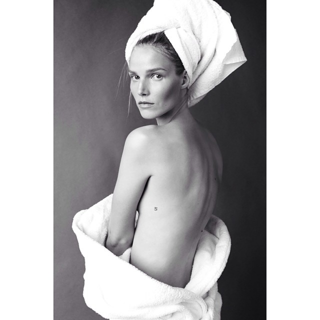 suvi towel Instagram Photos of the Week | Karolina Kurkova, Doutzen Kroes + More Models