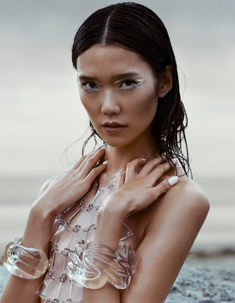 tao okamoto 2014 photos5 Tao Okamoto Stuns in Summer Beauty for Vogue China by David Slijper