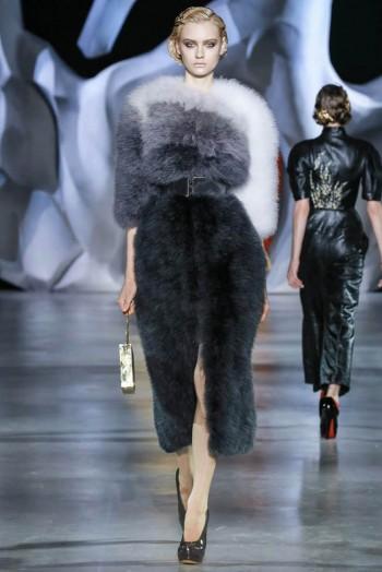 ulyana-sergeenko-2014-fall-haute-couture-show12