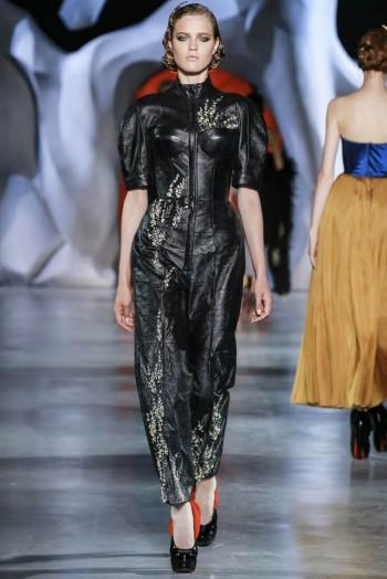 ulyana-sergeenko-2014-fall-haute-couture-show13