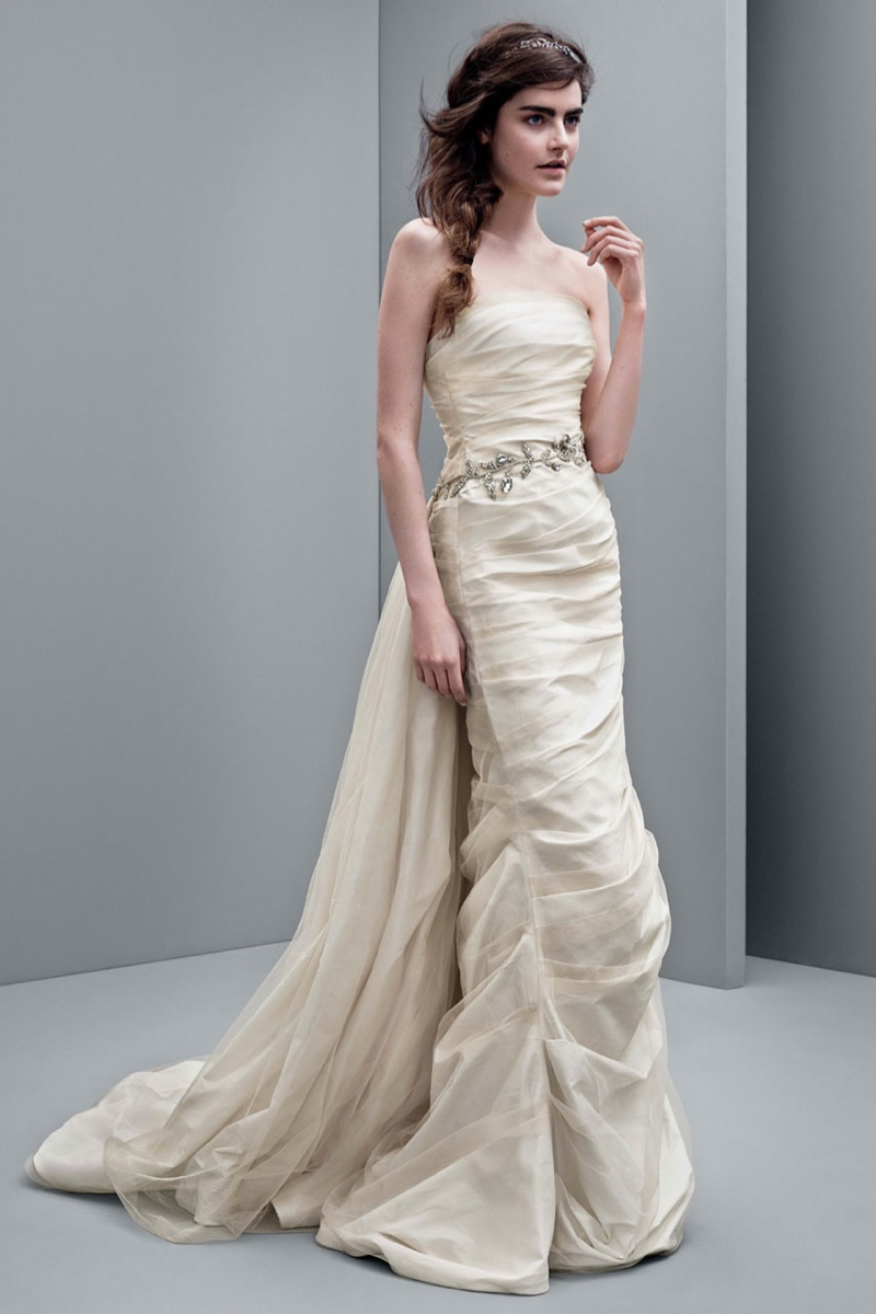 White by vera wang 2014 fall wedding dresses for Where to buy vera wang wedding dresses