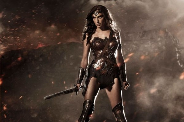 wonder-woman-costume-movie-batman-superman