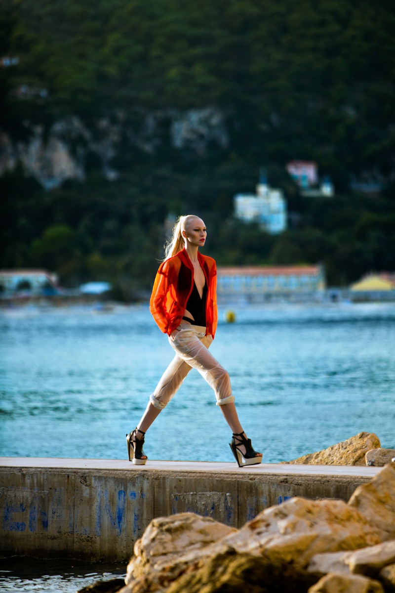 yulia lobova model7 Yulia Lobova Gets Active for Bazaar Poland by Michelle Du Xuan