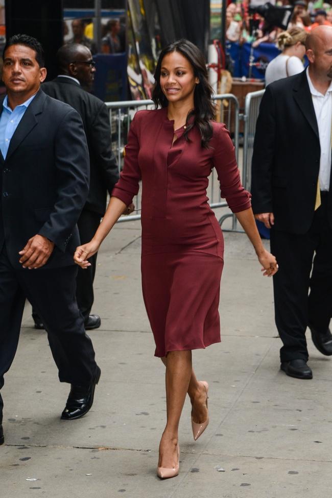 Pregnant Zoe Saldana Wears Calvin Klein Collection During