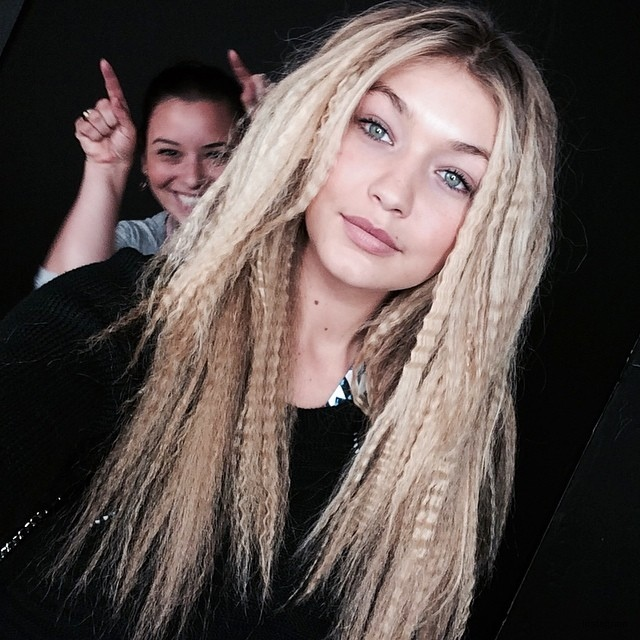 Gigi Hadid shows off a crimped hairstyle