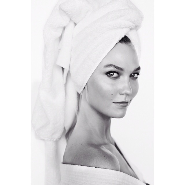 Karlie Kloss Mario Testino Towel Series Karlie Kloss Poses for Mario Testinos Towel Series